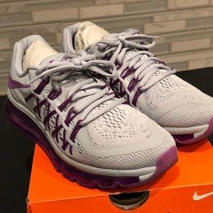 Nike Shoes - Nike Women's Air Max 2015